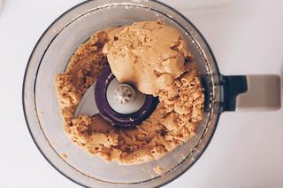Bolo de Manteiga de Amendoim com Geleia