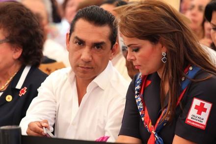 'Los Chuchos' impulsaron a Abarca a pesar de saberse sus nexos con el narco: comisión del PRD