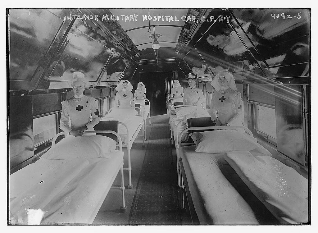 Interior Military Hospital car, C.P.R.'Y (LOC)