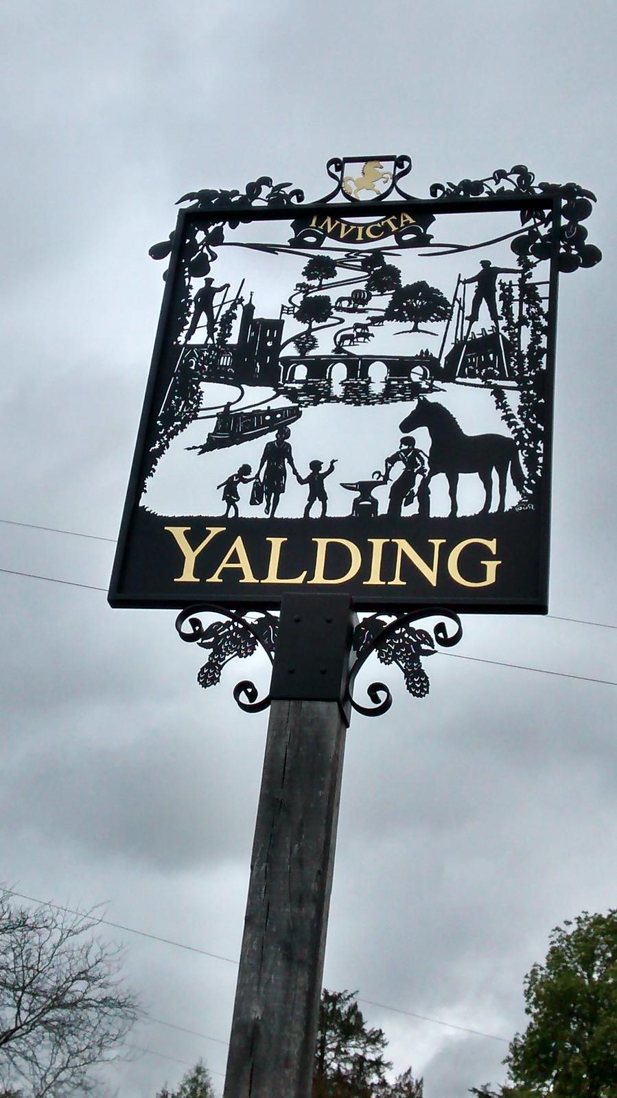 Yalding Town sign