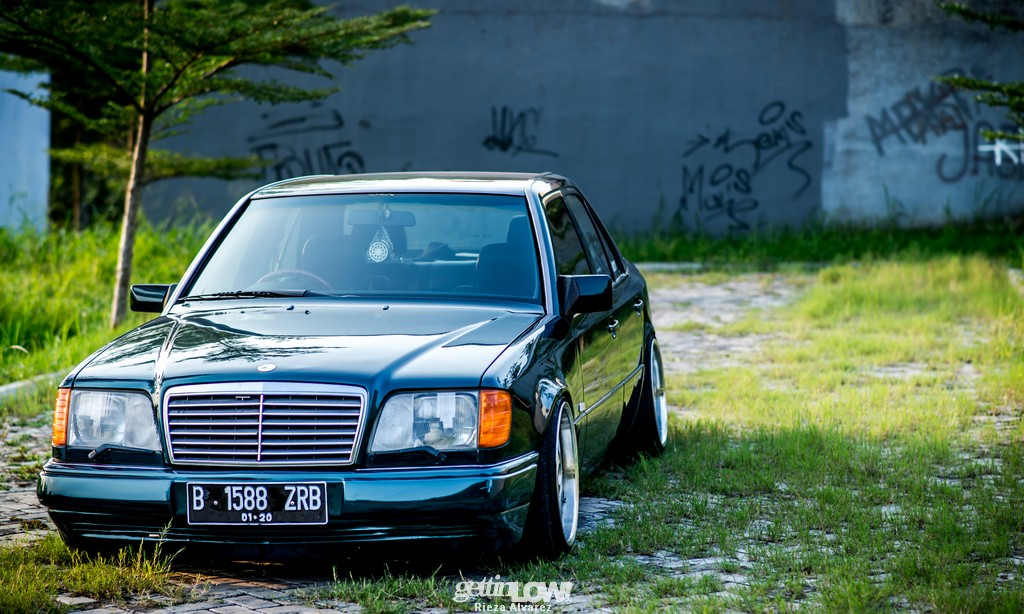 Mercy-W124-darkgreen_10