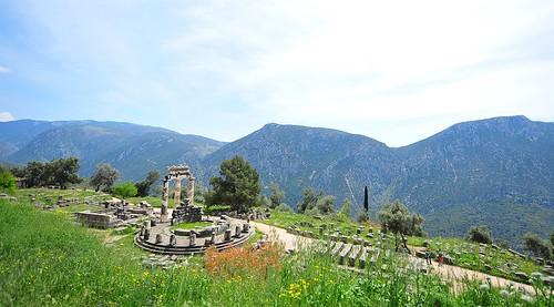 history monument nature landscape greek temple ancient nikon delphi greece delfi 1424 sakalak d700