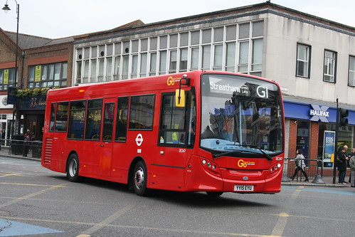 London General SE247 on Route G1, Tooting Broadway