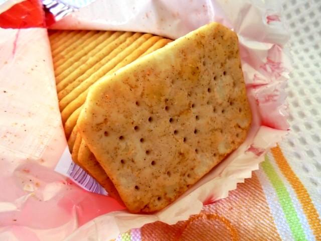 Ritz smoky bacon crackers 1