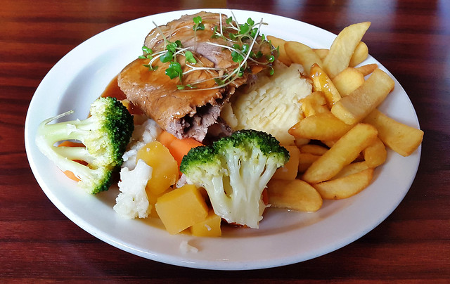 Clarke's Bar & Restaurant, Roast Beef Lunch