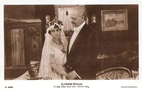 Elfriede Heisler in Die Liebe fand den Rechten Weg (1918)