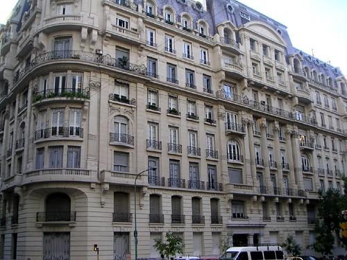 Palacio Estrugamou. Quartier Retiro. Buenos Aires. Photo 22 avril 2004.