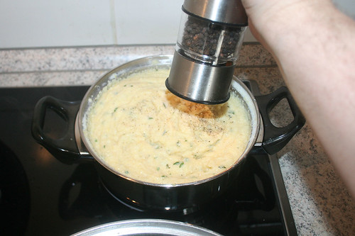 71 - Polenta mit Pfeffer & Salz abschmecken / Taste polenta with pepper & salt
