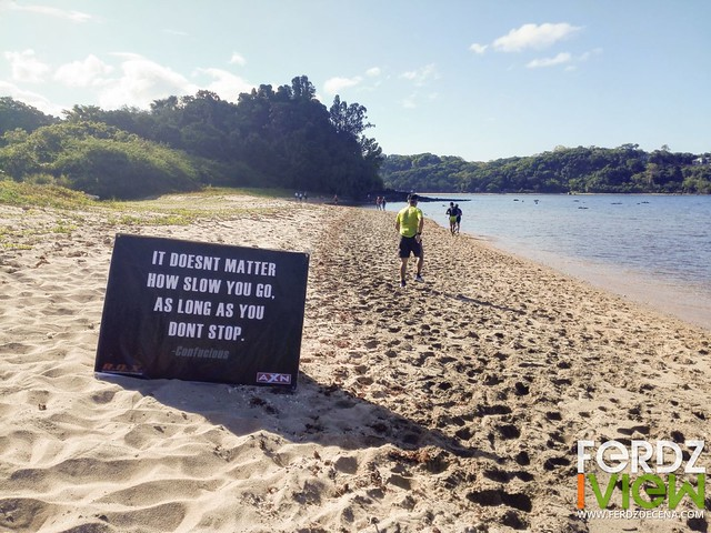 Motivational signs on each hydration stops