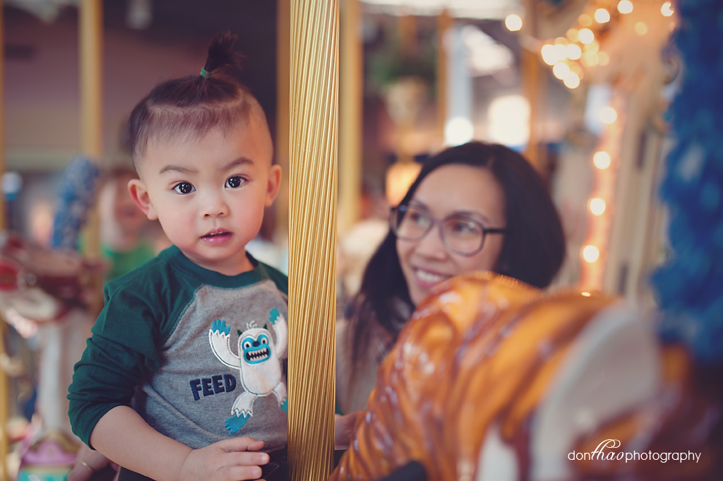 Lifestyle photography - mall carousel and toddlers