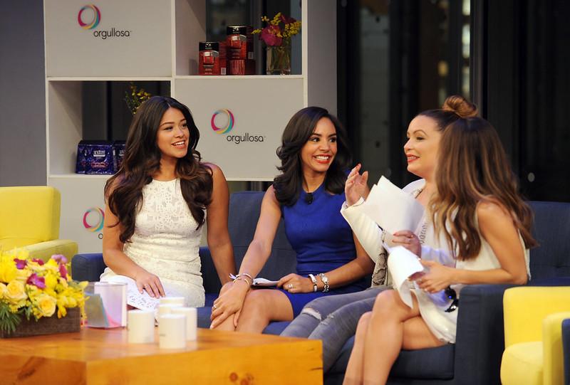 """Nueva Latinas """"Living Fabulosa"""""""