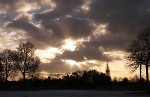 winter sun snow clouds lumix sneeuw wolken panasonic zon uden gf6