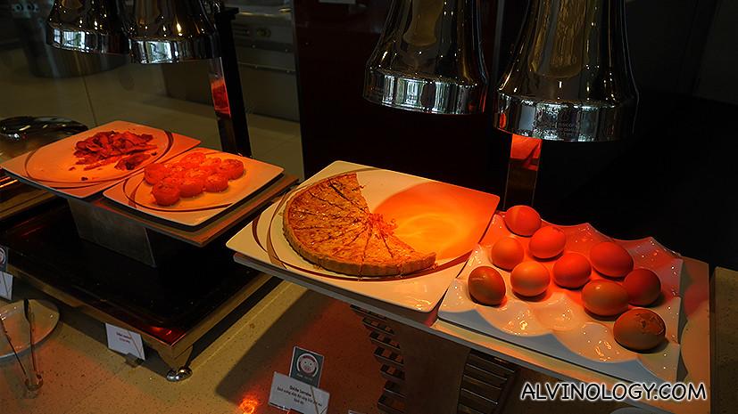 Western breakfast items