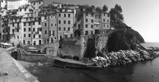 Riomaggiore - Cliffs