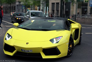Dat Color thougt ... Lamborghini Aventador Roadster