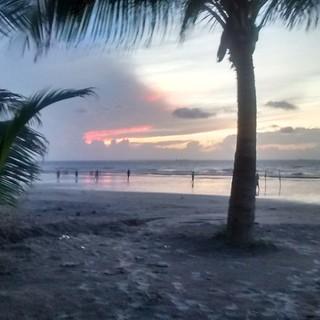 A little #soccer at #sunset on #olhodagua #beach in #saoluis #maranhão #brasil #brazilian #brazil #nordeste #brasileiro