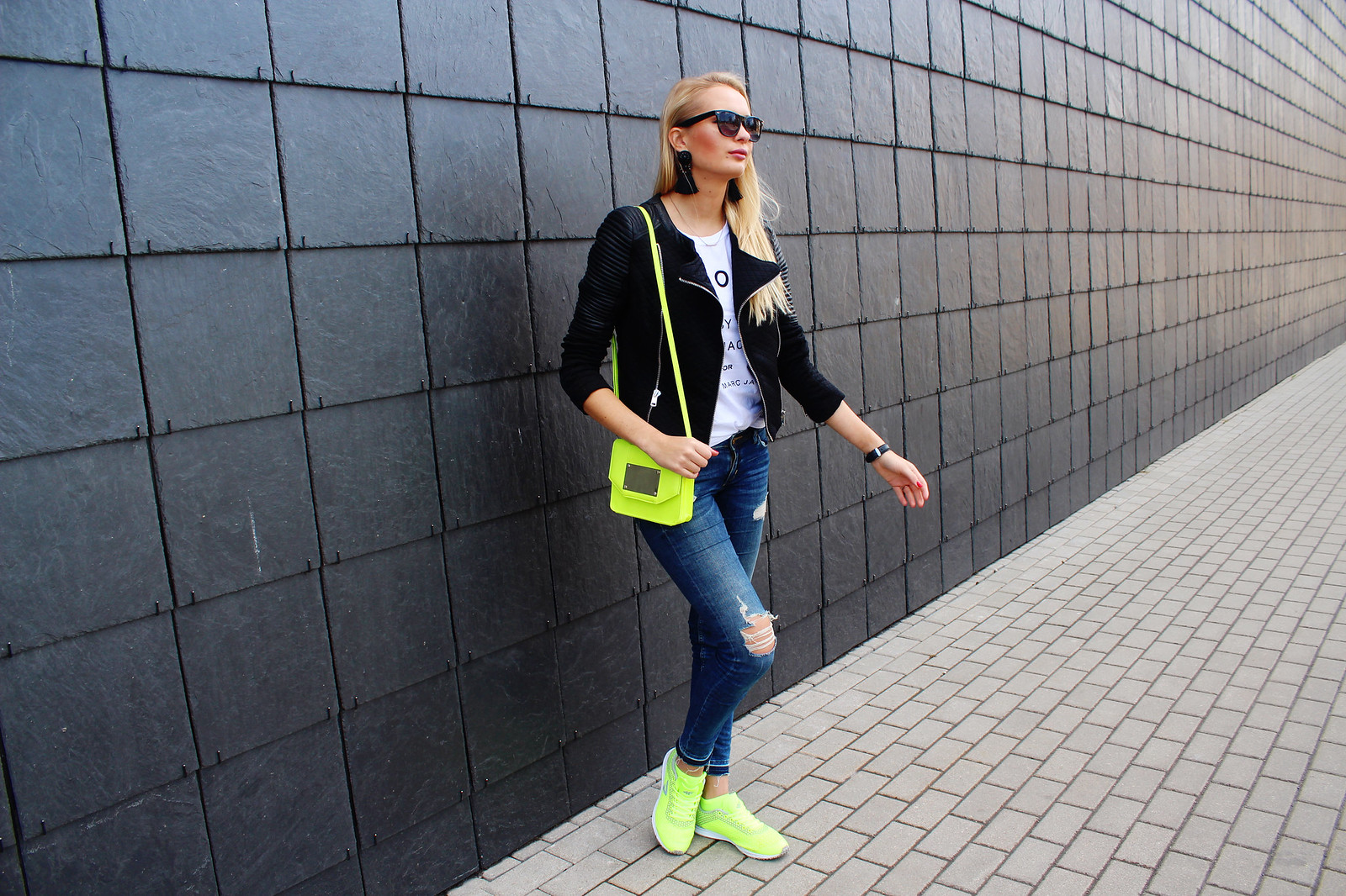 Fashion blog neon outfit