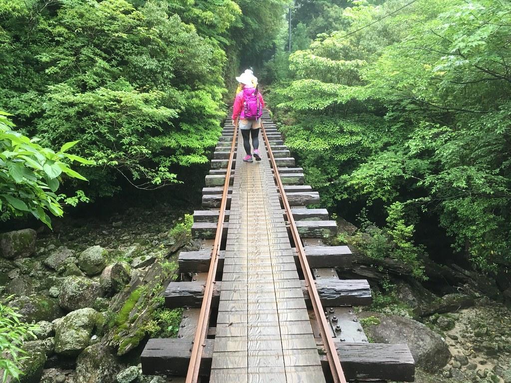 欄干のない橋