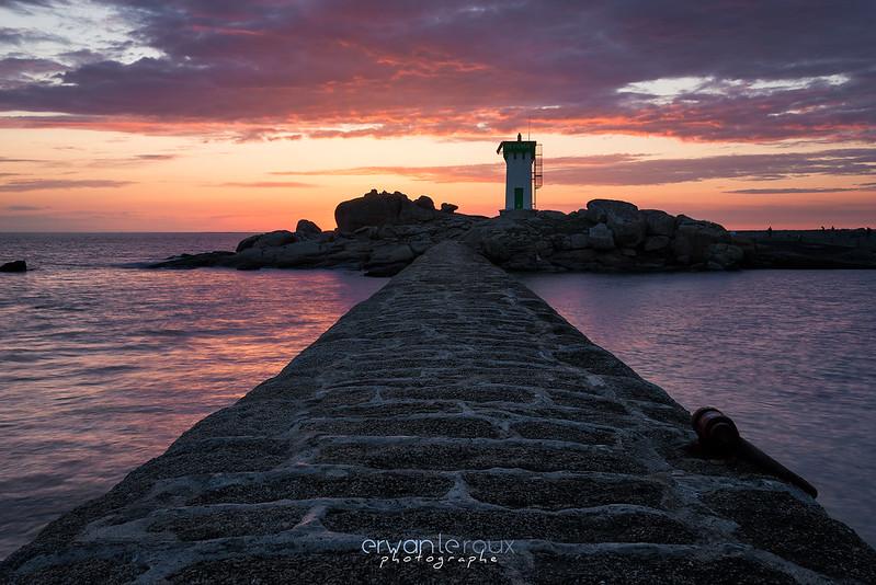 Coucher de soleil sur le phare de Trévignon