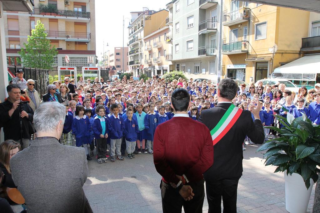 San donato milanese grande milano italie around guides for Arredamenti ballabio san donato milanese