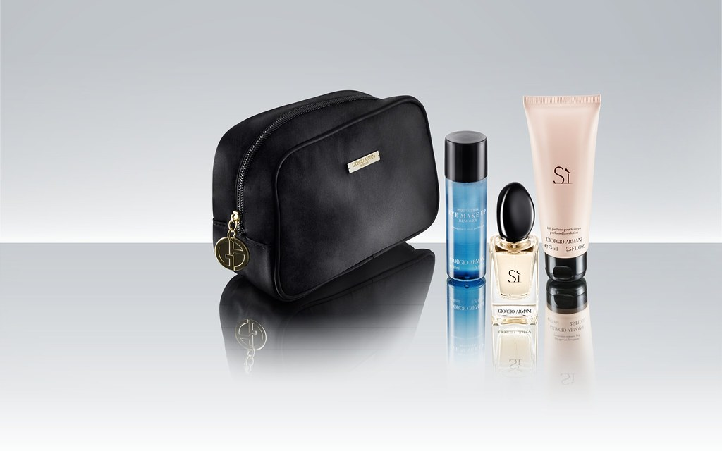 First Class - Female Amenity Kit