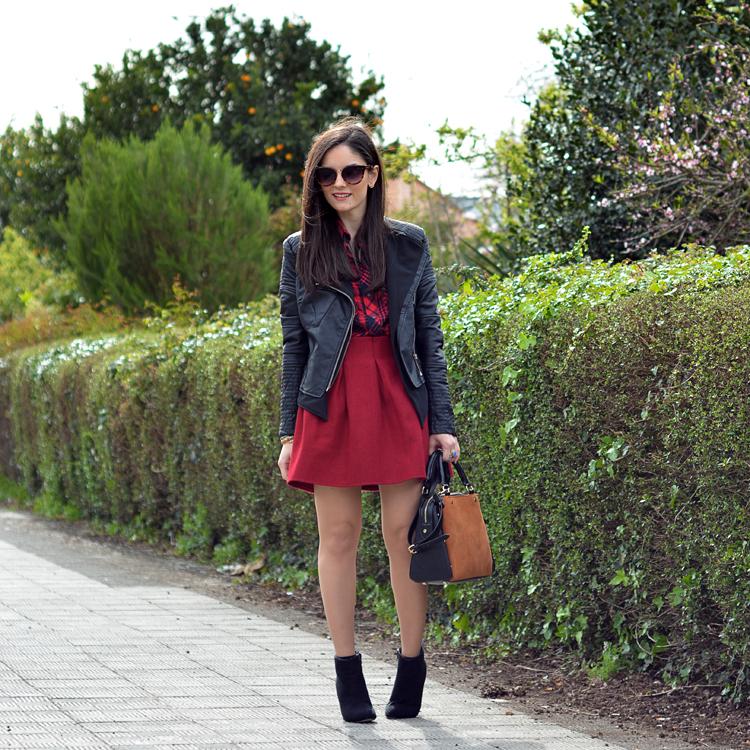 zara_ootd_outfit_falda roja_botines_sheinside_plaid_05