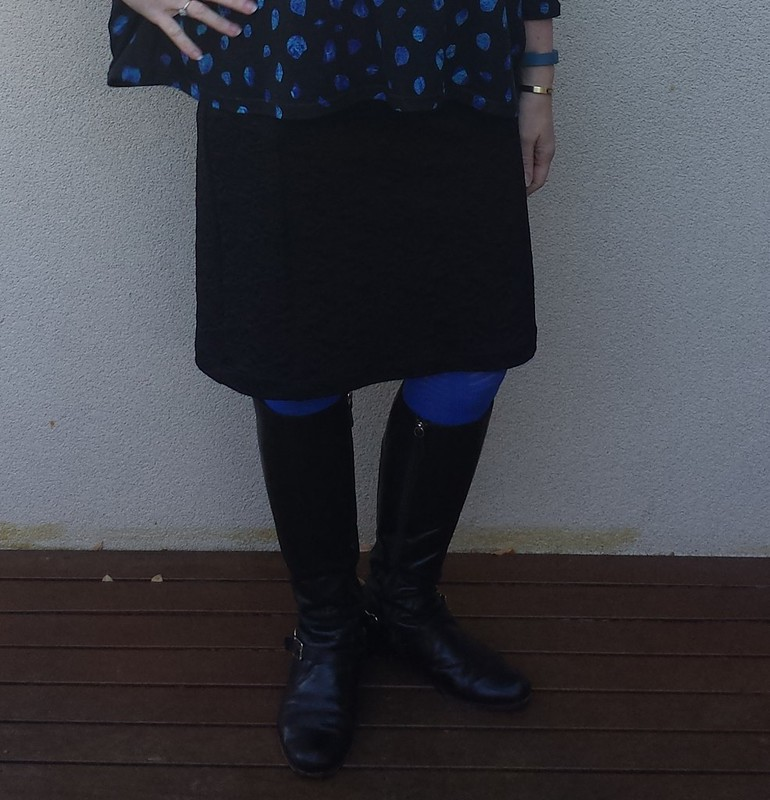 Tessuti Mandy Boat tee and Colette Mabel skirt both in knits from Darn Cheap Fabrics