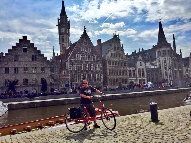 Sele en bicicleta en Gante