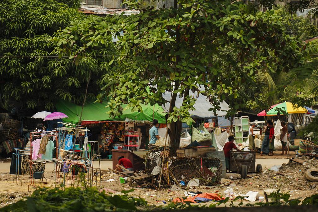 Yangons byliv