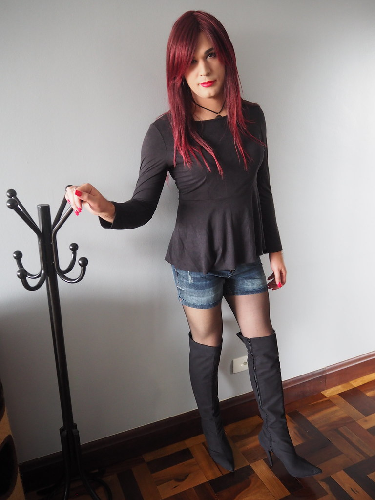 Thigh boot shemale photos
