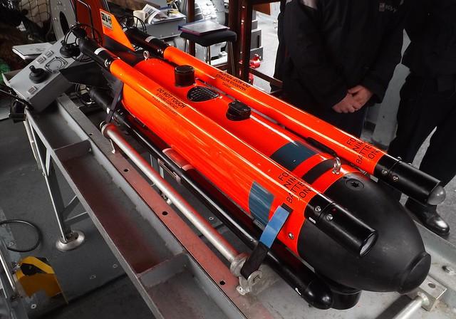 SeaFox Mine Disposal Robot (3) on HMS Middleton 25-04-15