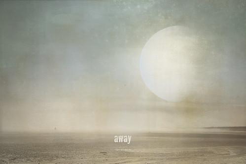 away (au loin)
