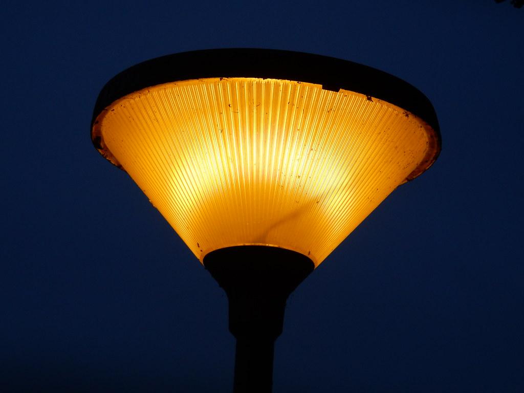 Philips Lampen Armaturen : Philips cps200 hp philips cps200 armatuur met een son lampu2026 flickr