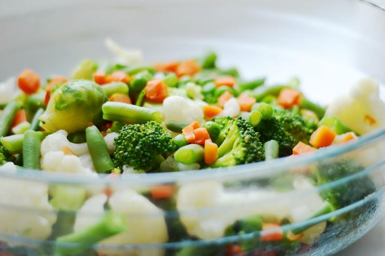 warzywa zapiekane pod beszamelem