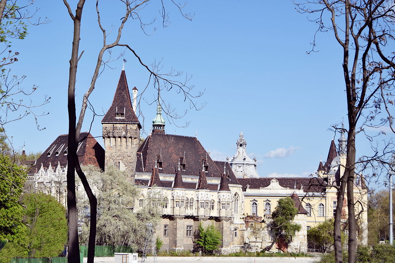 BUDAPEST 386