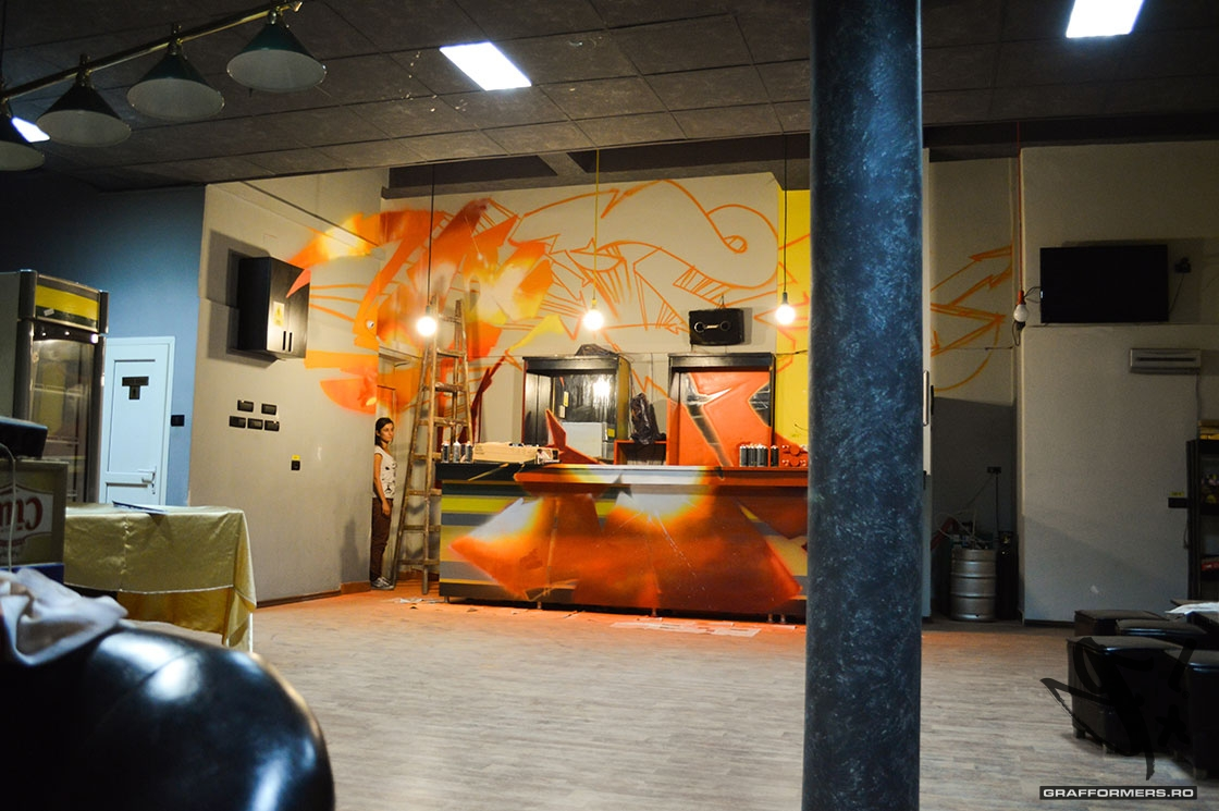 10-20140902-eight_gamebar_and_lounge-oradea