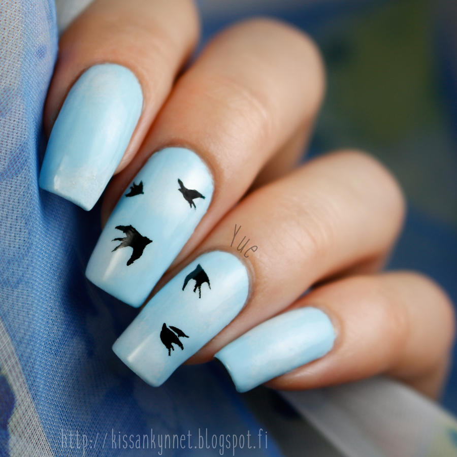swallow_nail_art