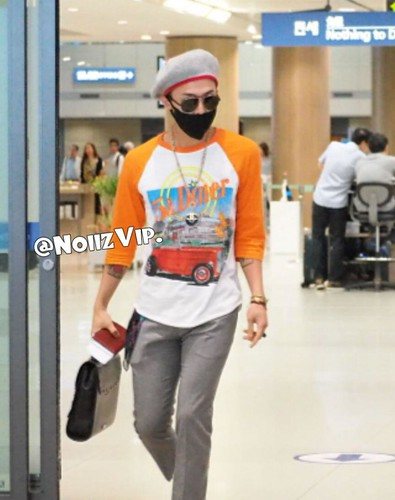 GDragon_IncheonAirport_returningfromParis-20140701 (13)