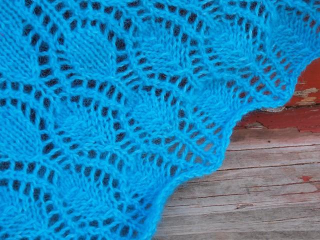 Seraphim shawl, lace closeup