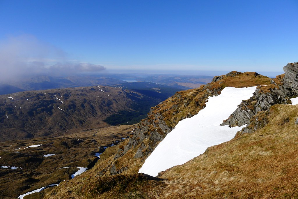 West from the summit ridge of Beinn Bhuidhe