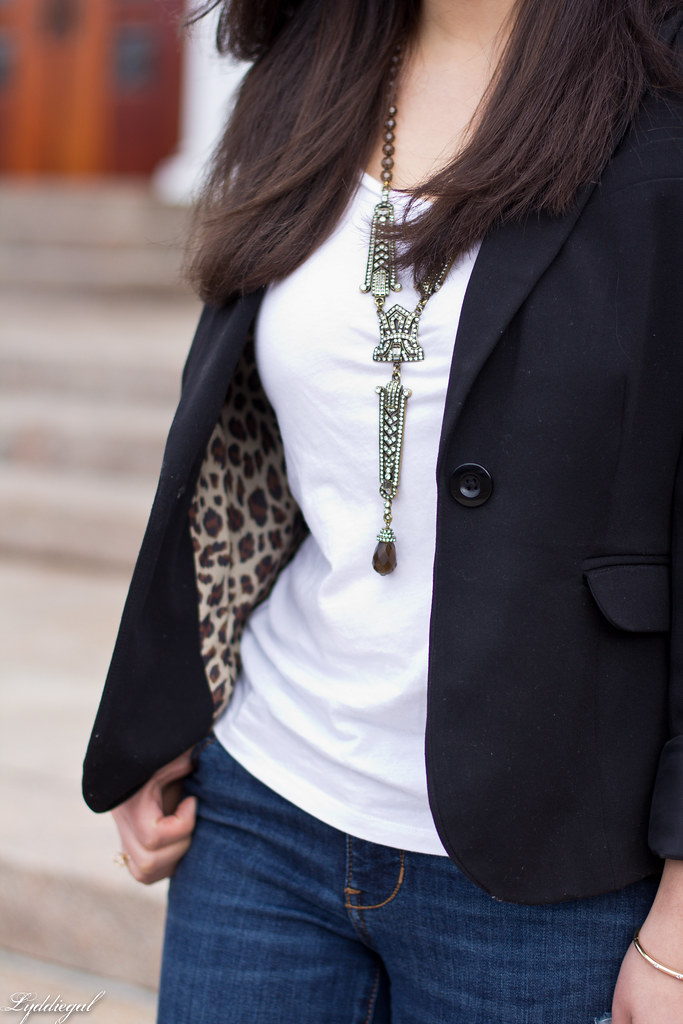 jeans, tee shirt, blazer, leopard pumps, statement necklace-6.jpg