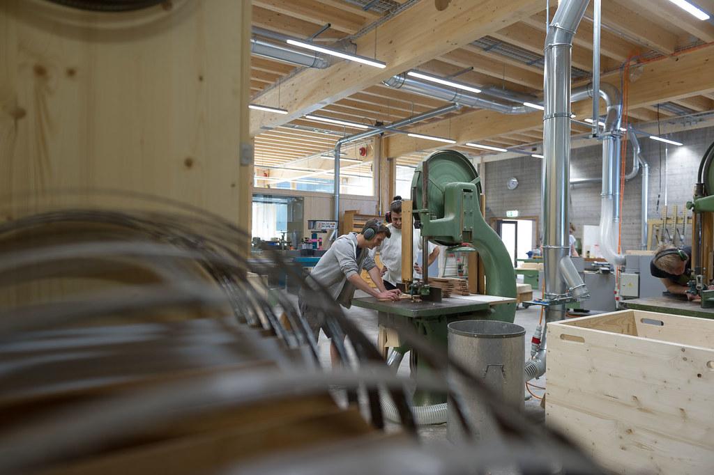 AZH Ausbildungszentrum Holzbau Zürich