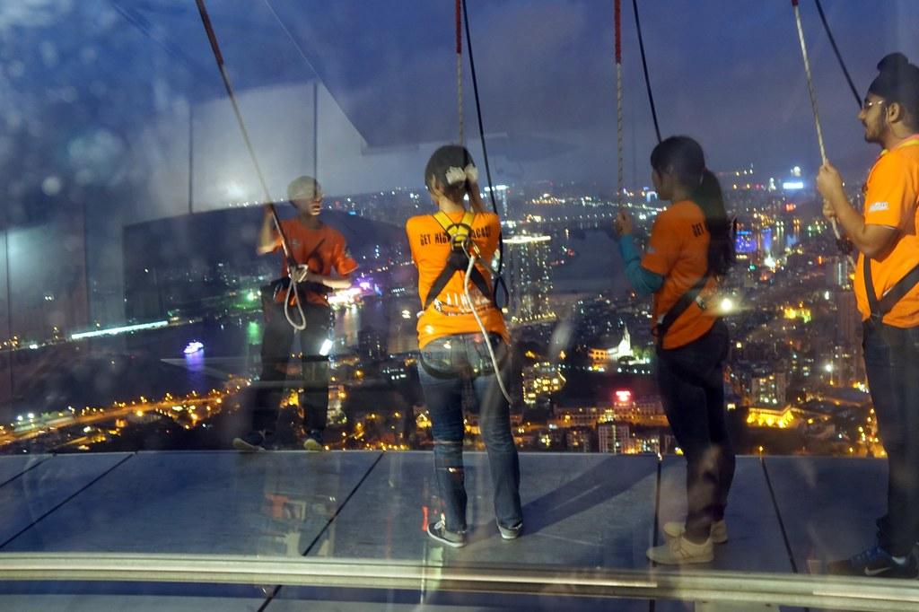 Macau Tower - sightseeing - bungee jumping-002