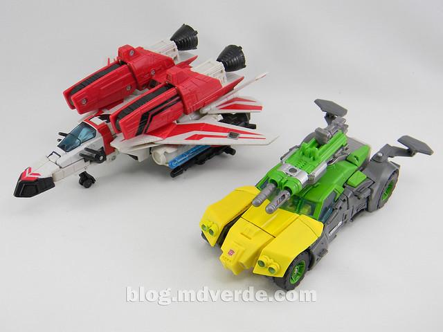 Transformers Springer Voyager - Generations - modo vehículo vs Jetfire