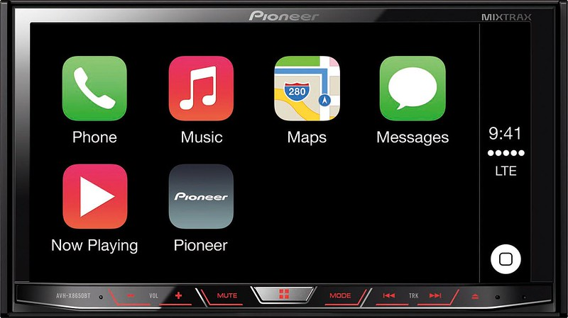 Pioneer Brings Apple CarPlay to Singapore