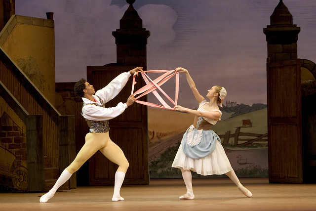Marianela Nuñez as Lise and Carlos Acosta as Colas in La Fille mal gardée © Bill Cooper