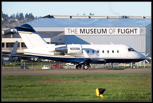 BFI/KBFI Private Bombardier Challenger 604 (CL-600-2B16) N225N