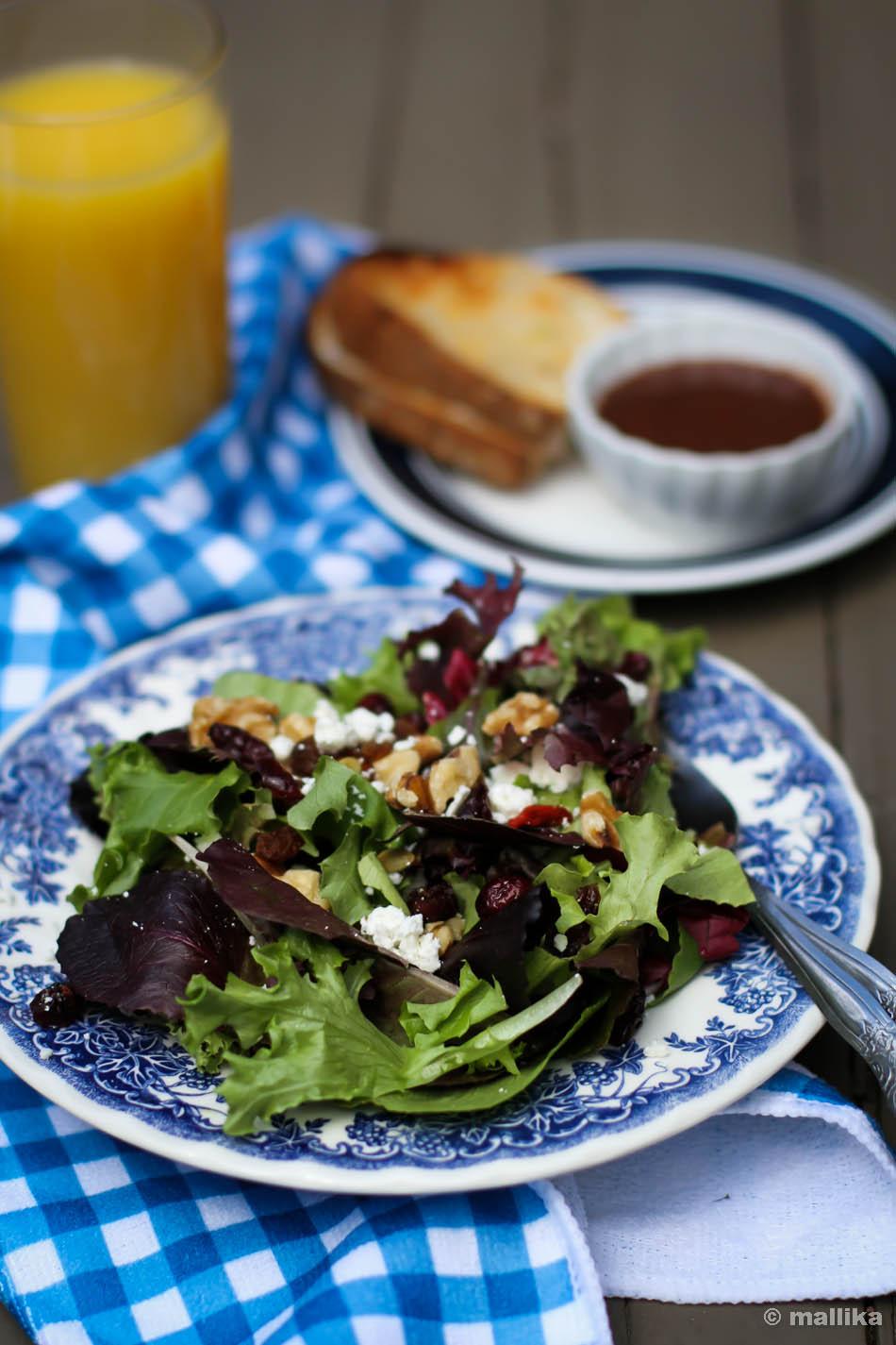 Oakleaf Greens Salad
