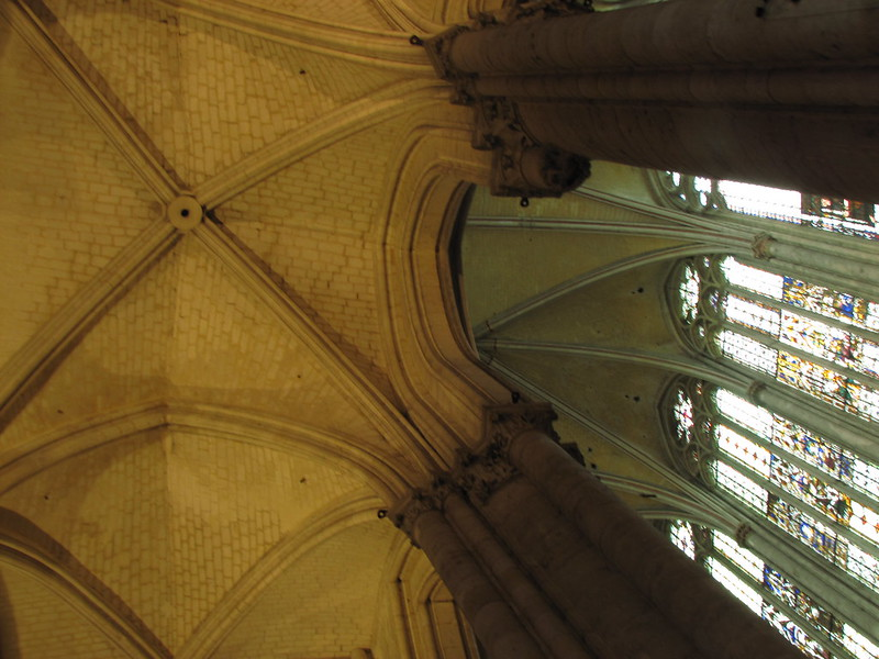 Side aisle vaulting, Beauvais