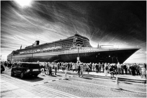 Flickr The Cunard Ship Photos Qe2 Qm2 Queen Victoria Queen Mary Pool